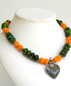 autumns-bounty-necklace-1555-400