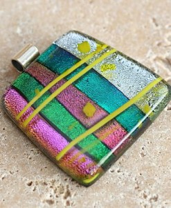 dichroic-candy-fused-glass-pendant-1345-400