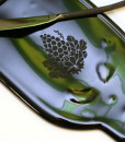 grape-etched-wine-bottle-tray-1672-400