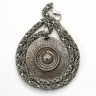 submarine-chainmaille-pendant-1229-400